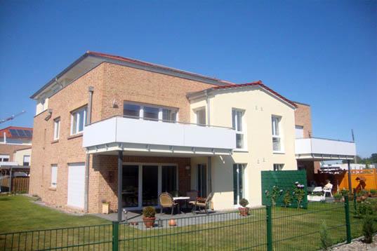Adendorf, 5 Wohneinheiten (2011)