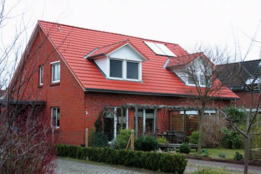 Adendorf, Doppelhaus (2001)